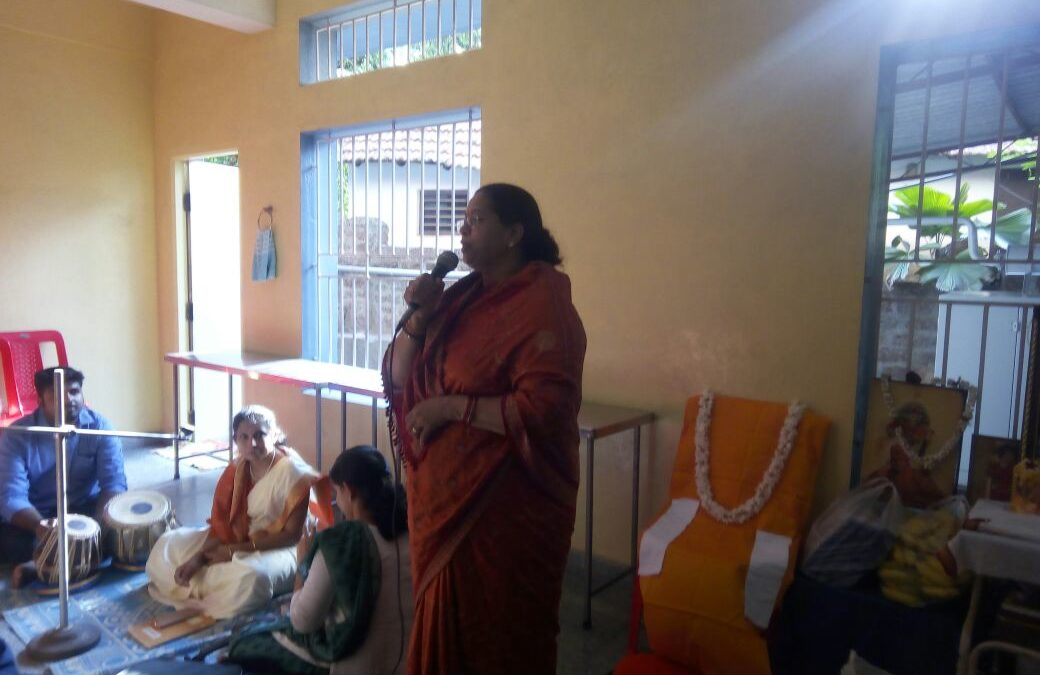 Visit to Vatsalya Dhaama Vriddhashram, Month of Giving and Forgiving