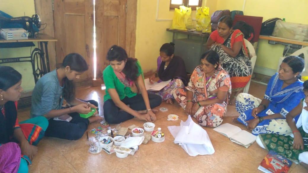 Jewellery Making Class @SSSVJ Domgera, Haliyal, Uttara Kannada